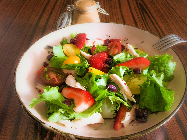 Roasted Chicken and Strawberry Salad