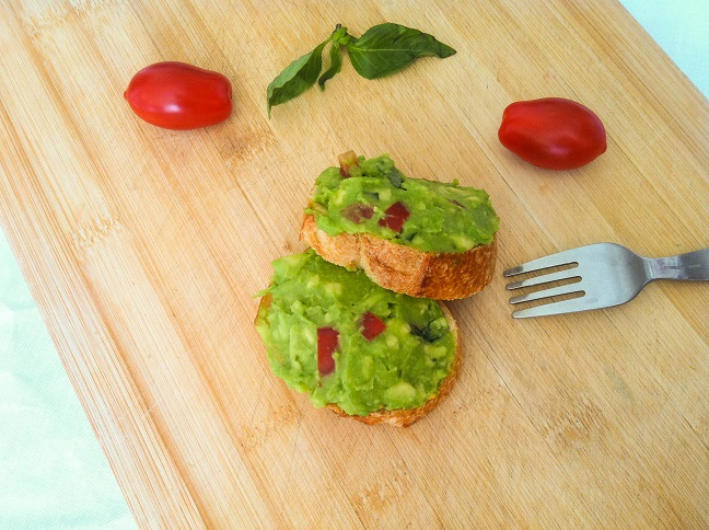 Avocado Tomato Basil Toast| Cooking with a Wallflower
