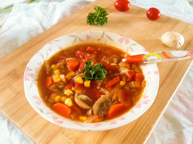 Garden Vegetable Soup | Cooking with a Wallflower