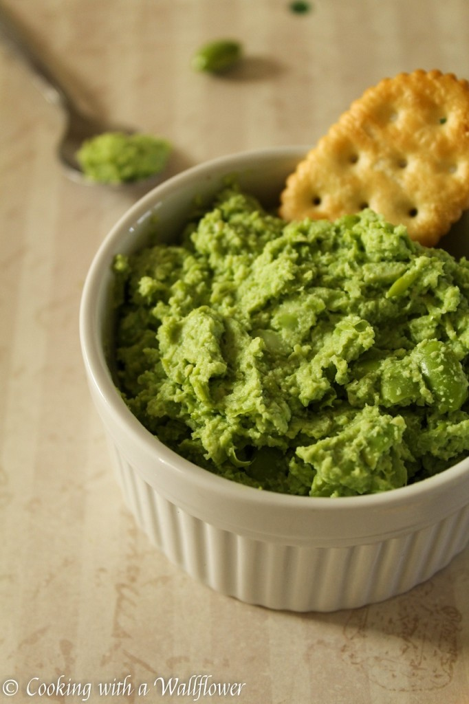 Garlic Edamame Purée Dip | Cooking with a Wallflower