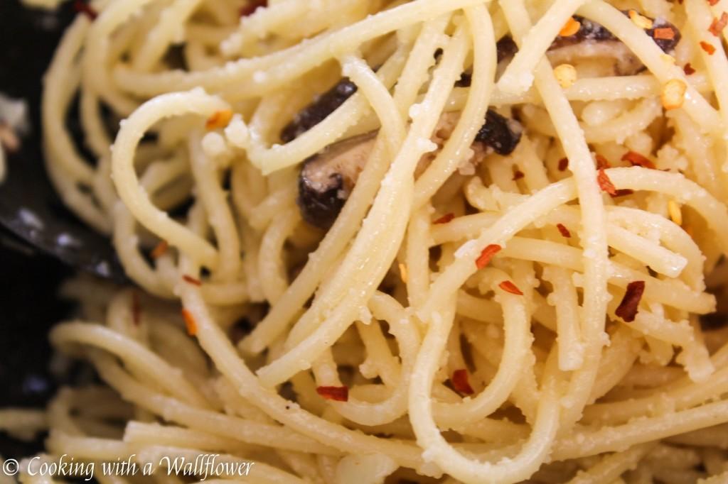 Shiitake Mushroom Garlic Parmesan Noodles | Cooking with a Wallflower