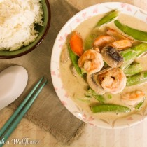 Shrimp Thai Green Curry | Cooking with a Wallflower