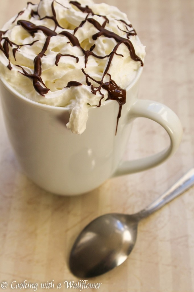 White Hot Chocolate | Cooking with a Wallflower