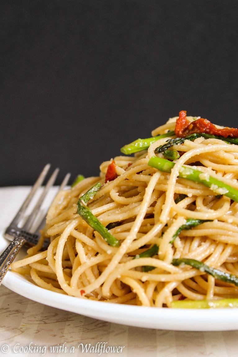 Recipe pasta asparagus sun dried tomatoes