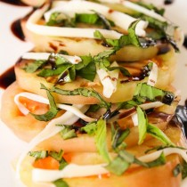 Heirloom Tomato Salad   Cooking with a Wallflower