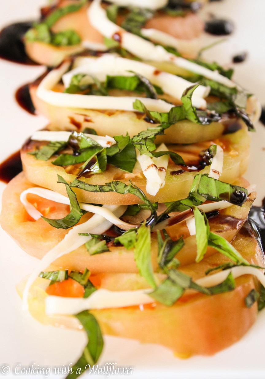 Heirloom Tomato Salad - Cooking with a Wallflower