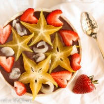 Strawberry Banana Acai Bowl with Star Fruit | Cooking with a Wallflower