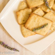 Lavender Shortbread Cookies | Cooking with a Wallflower