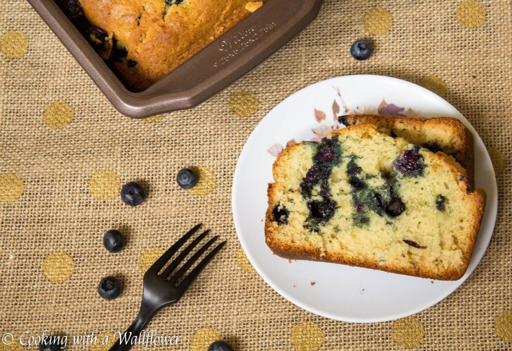 Blueberry Bread | Cooking with a Wallflower