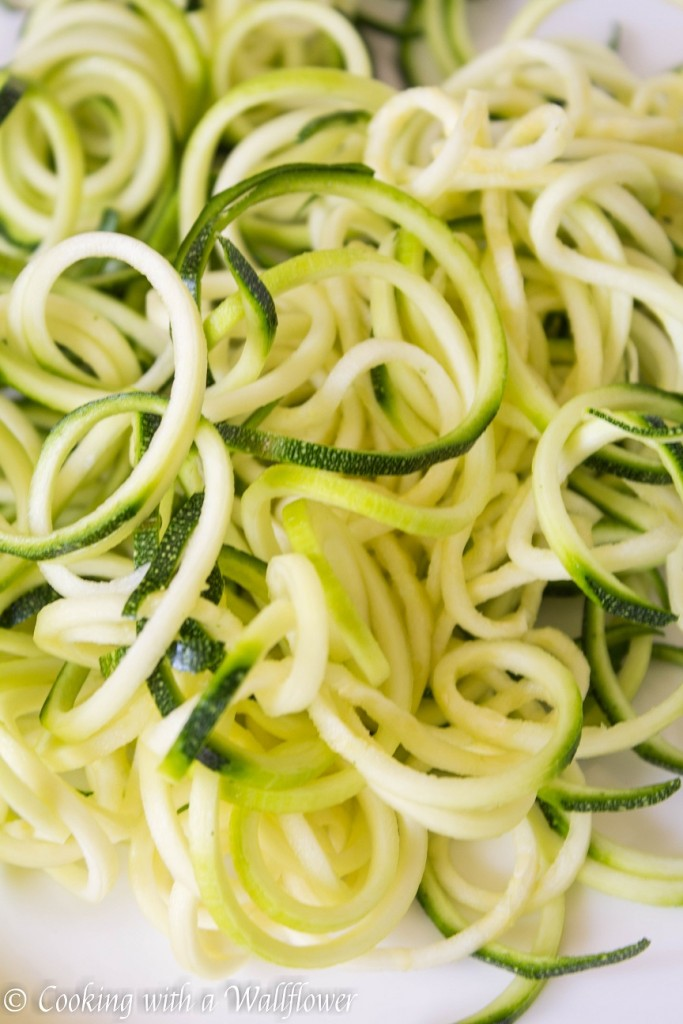 Summer Zucchini Noodle Salad with Honey Dijon Mustard Dressing | Cooking with a Wallflower