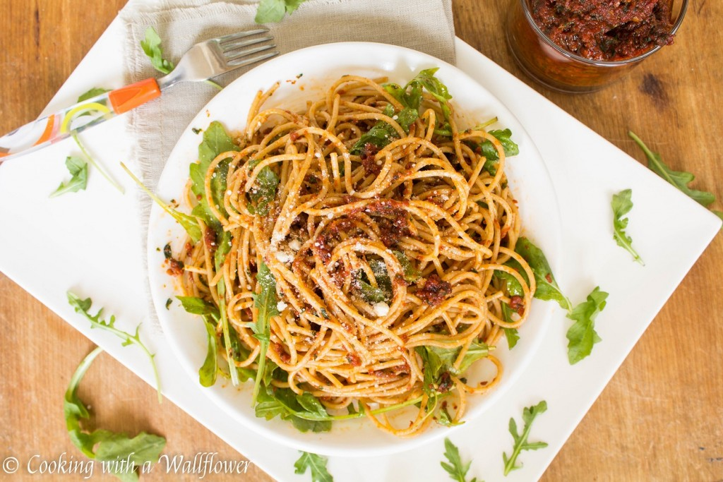 Sun-Dried Tomato Pistou Pasta with Arugula | Cooking with a Wallflower
