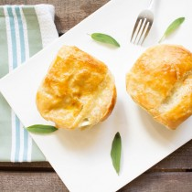 Chik'n and Kale Pot Pie | Cooking with a Wallflower