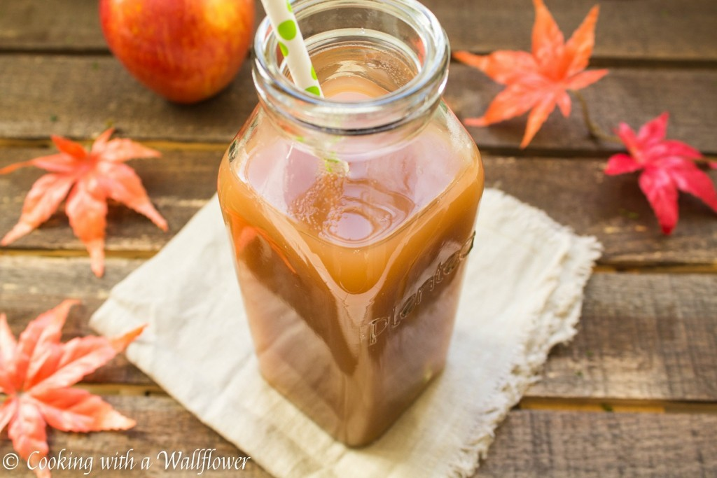 Fresh Apple Cider | Cooking with a Wallflower