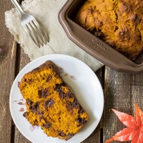Pumpkin Chocolate Chip Bread | Cooking with a Wallflower