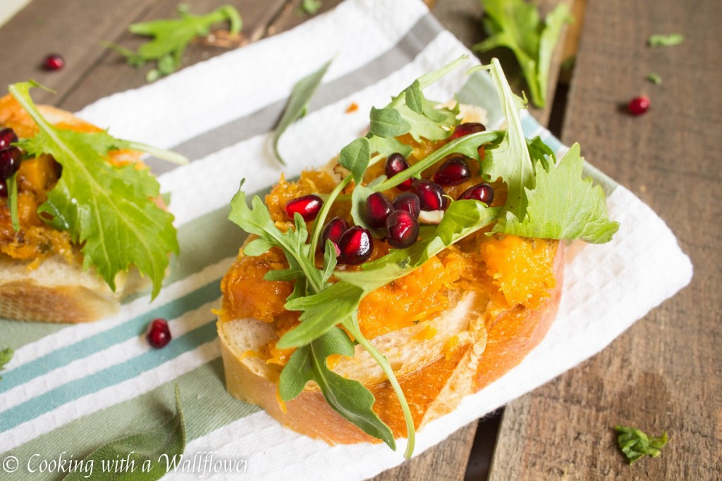 Roasted Maple Sage Butternut Squash Toast | Cooking with a Wallflower