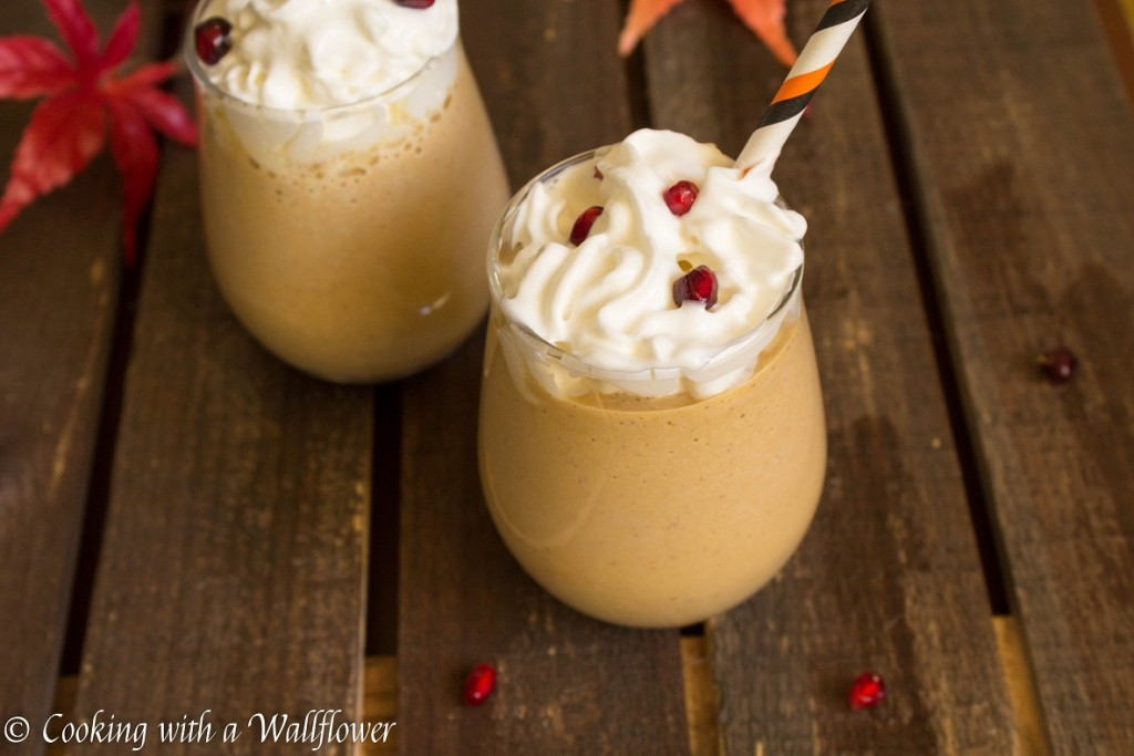 Pumpkin Coffee Milkshake | Cooking with a Wallflower