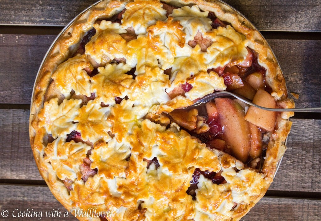 Apple Cranberry Pie | Cooking with a Wallflower