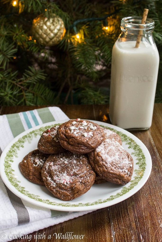 Peppermint Brownie Cookies | Cooking with a Wallflower