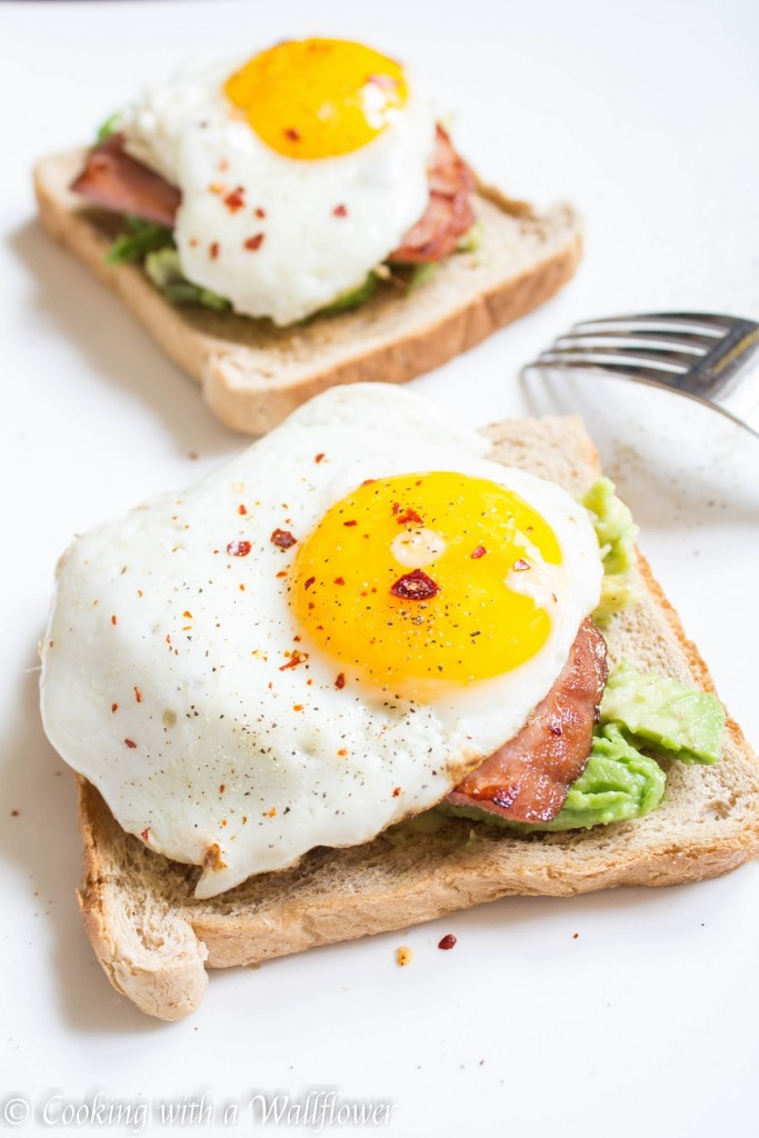 Avocado Toast with Sunny Side Egg and Ham | Cooking with a Wallflower