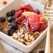 Chocolate Oat Breakfast Bowl | Cooking with a Wallflower