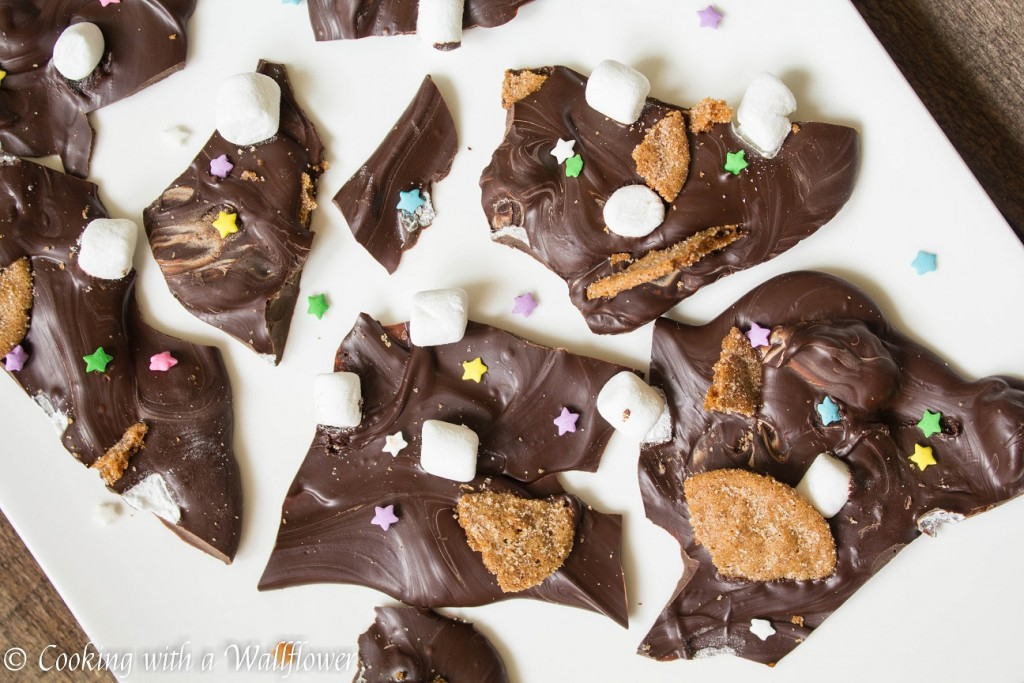 S'mores Bark | Cooking with a Wallflower
