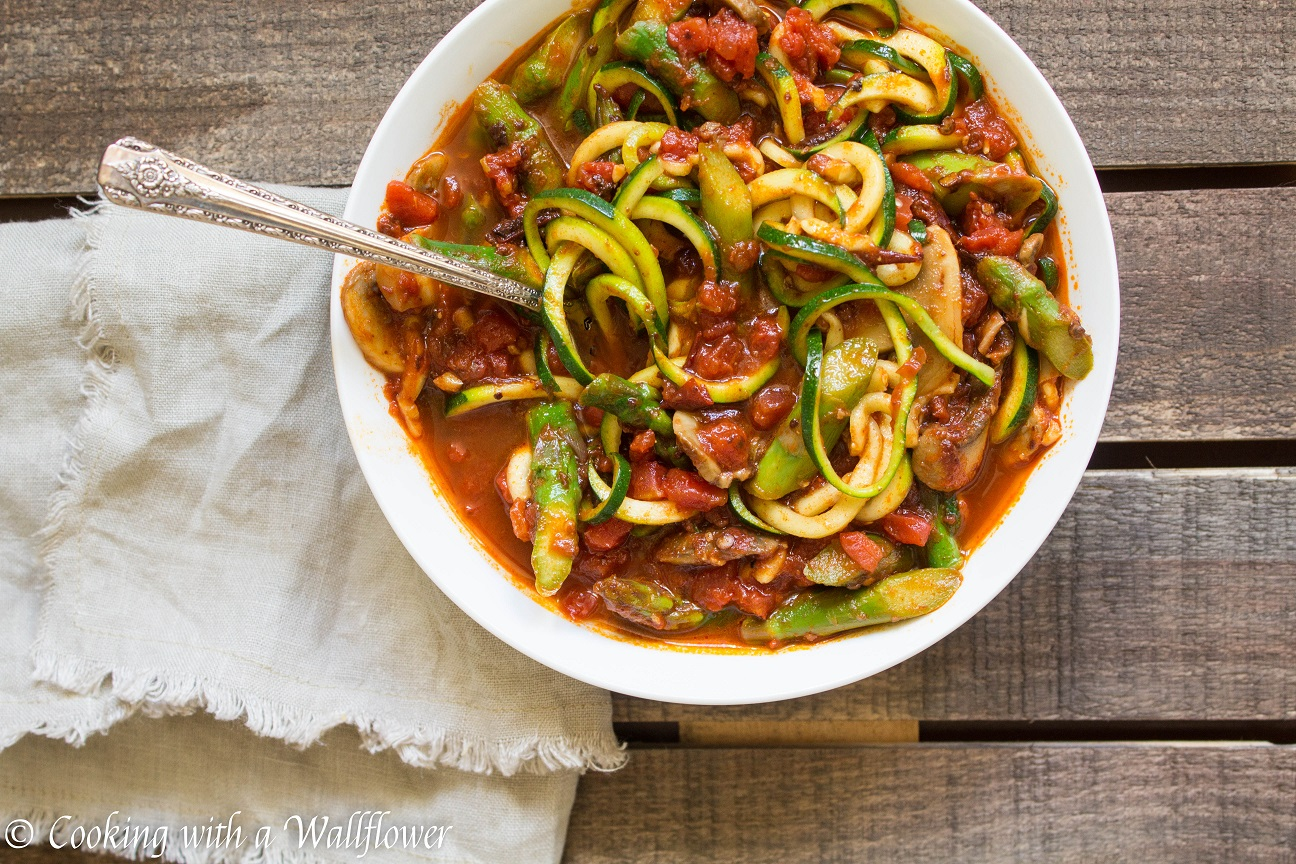 Zucchini noodles in spicy chipotle tomato sauce zucchini noodles in spicy chipotle tomato sauce with asparagus and mushrooms cooking with a wallflower ccuart Image collections