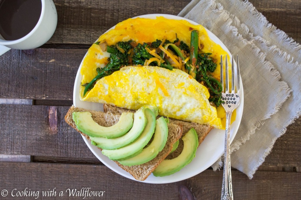 Broccolini and Mushroom Cheddar Omelet | Cooking with a Wallflower