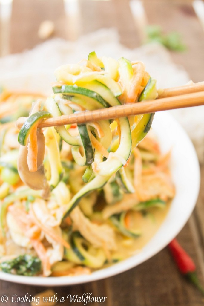 Chicken Zucchini Noodles in Coconut Peanut Sauce | Cooking with a Wallflower