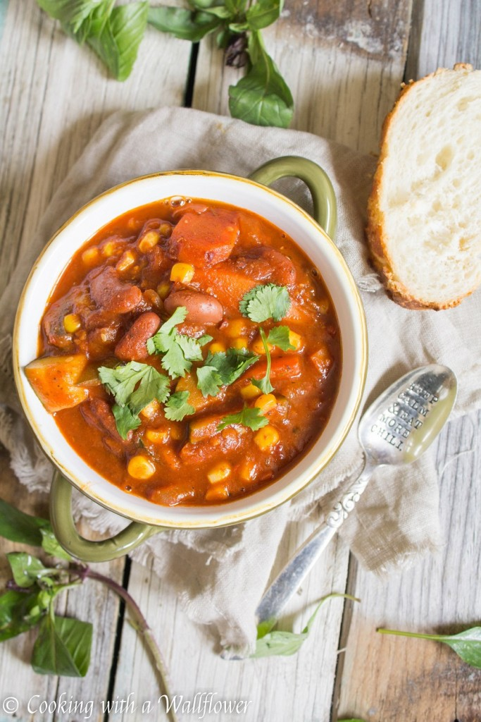 Spicy Summer Vegetable Chili | Cooking with a Wallflower