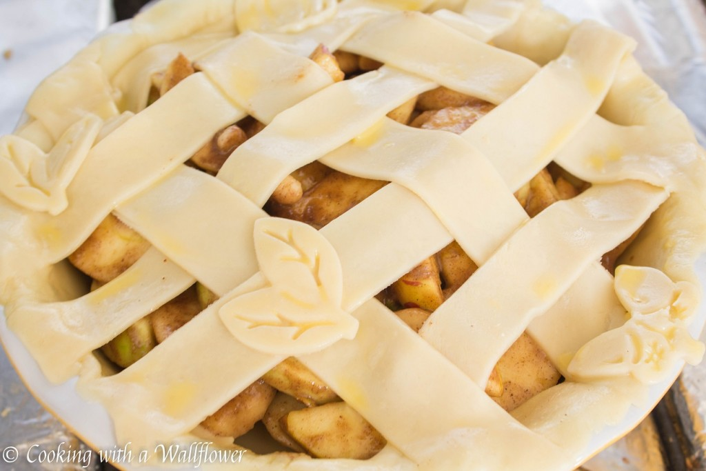Apple Pear Pie | Cooking with a Wallflower