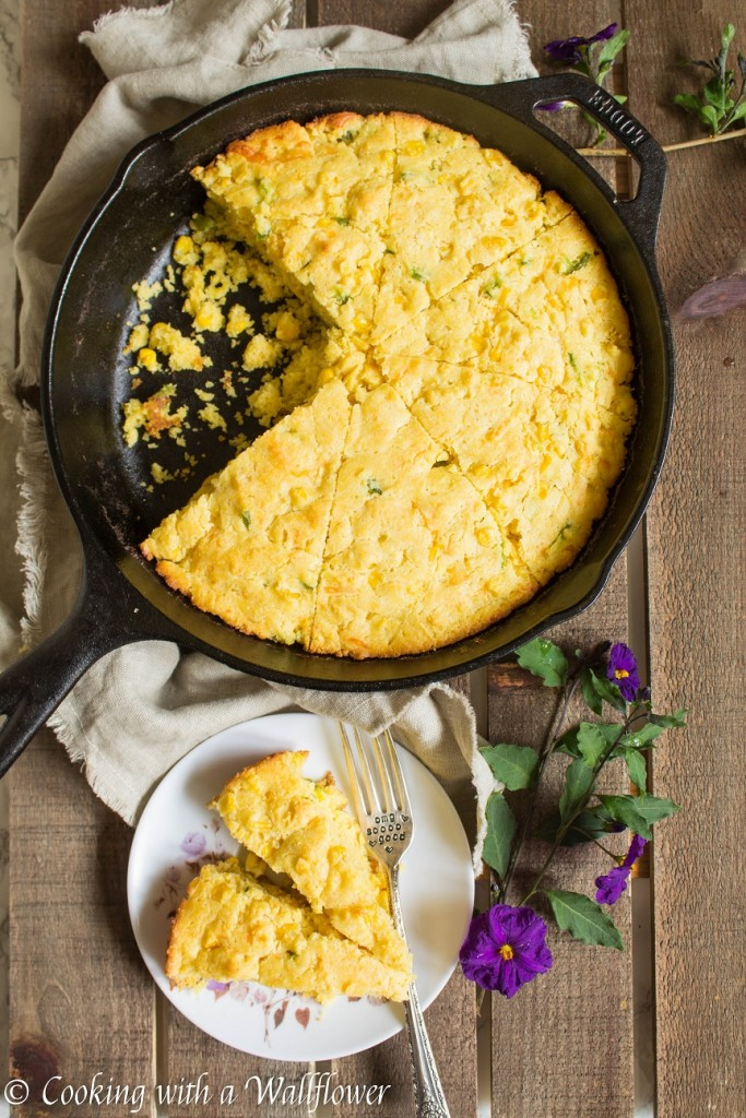Cast Iron Skillet Cheddar Jalapeno Cornbread | Cooking with a Wallflower