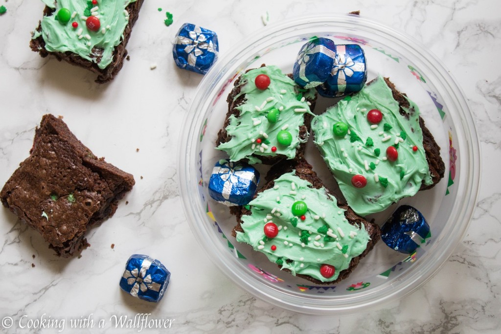 Mocha M&M's Brownies | Cooking with a Wallflower