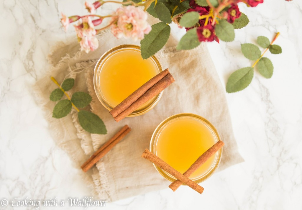 Apple Cider Mimosas | Cooking with a Wallflower