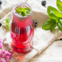 Sparkling Blackberry Mint Soda | Cooking with a Wallflower