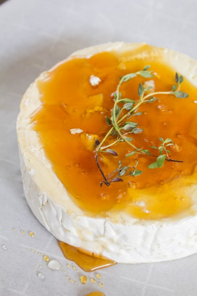 Baked Honey Thyme Brie | Cooking with a Wallflower