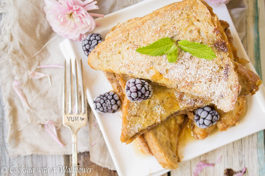 Cookie Butter Stuffed French Toast | Cooking with a Wallflower