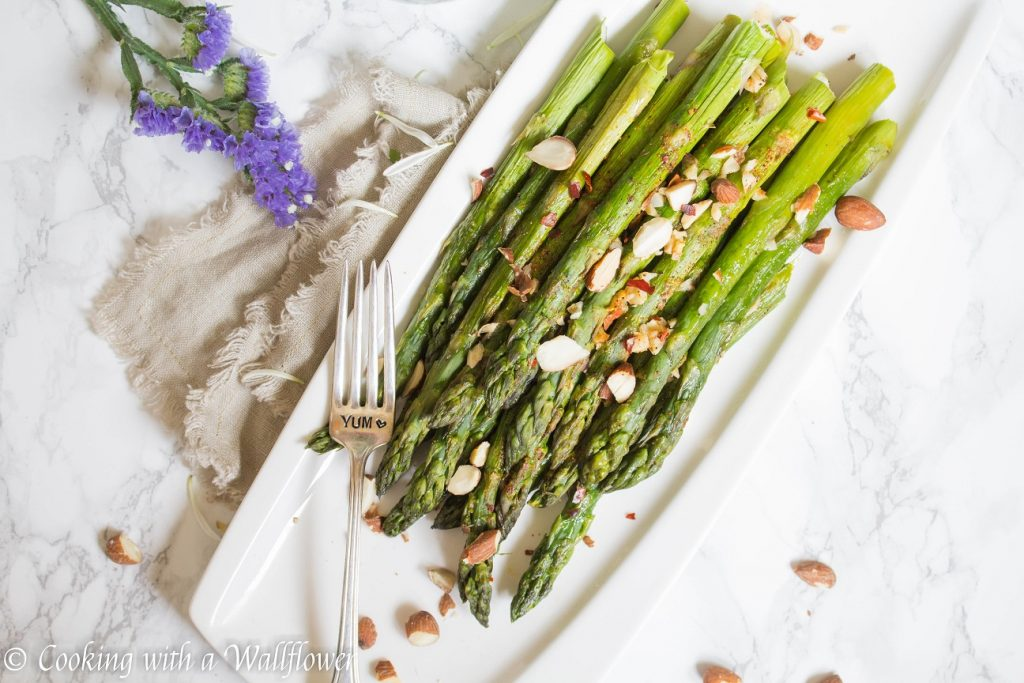 Roasted Garlic Creole Asparagus  | Cooking with a Wallflower