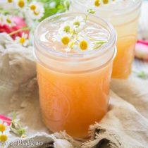 Pineapple Rosé Summer Cocktail | Cooking with a Wallflower
