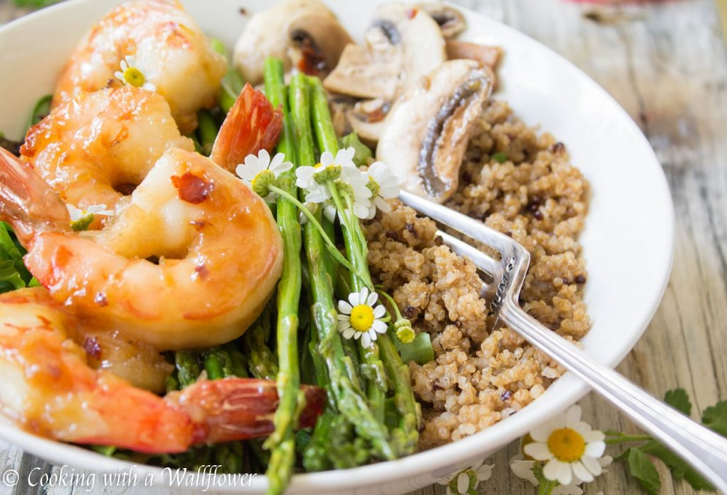 Spicy Honey Garlic Shrimp Quinoa Bowl | Cooking with a Wallflower