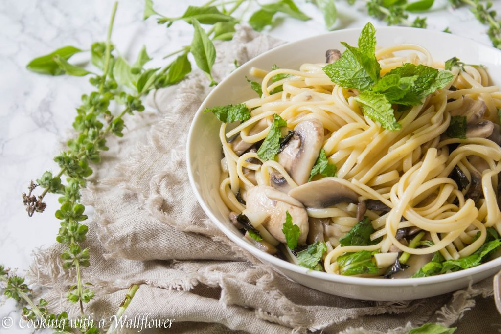 Garlic Mint Mushroom Linguine | Cooking with a Wallflower