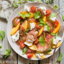 Peach Caprese Salad | Cooking with a Wallflower