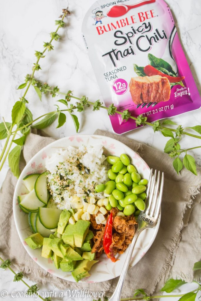 Spicy Thai Chili Tuna Poke Bowl | Cooking with a Wallflower