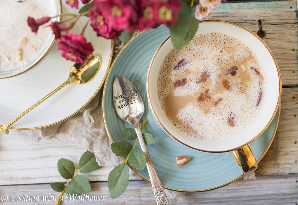 Maple Pecan Oatmeal Latte  | Cooking with a Wallflower