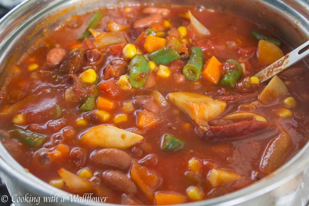 Leftover Turkey Vegetable Chili | Cooking with a Wallflower