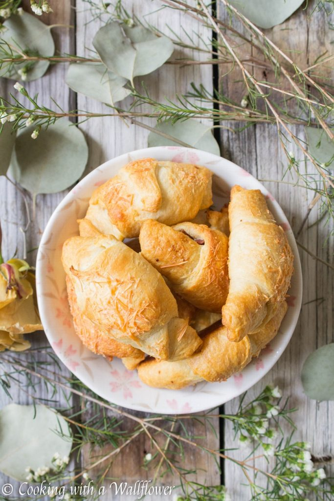Parmesan Bacon Stuffed Crescent Rolls | Cooking with a Wallflower