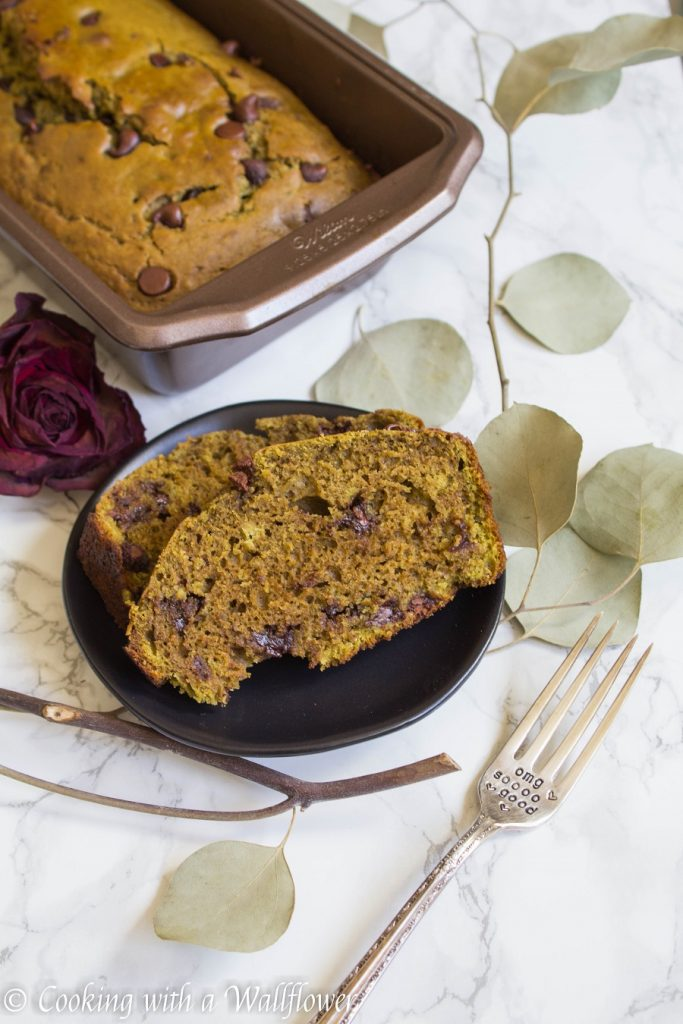 Matcha Green Tea Chocolate Chip Bread | Cooking with a Wallflower