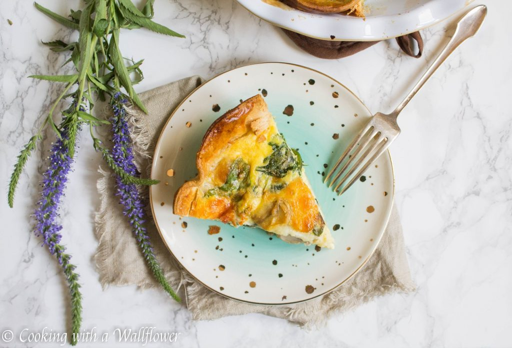 Spinach Mushroom Quiche | Cooking with a Wallflower