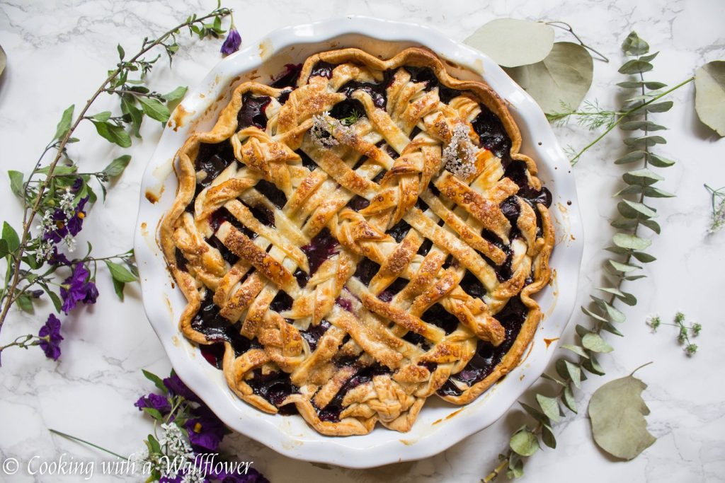 Blueberry Pie | Cooking with a Wallflower