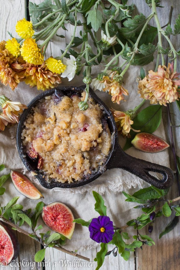 Maple Fig Streusel Crumble | Cooking with a Wallflower