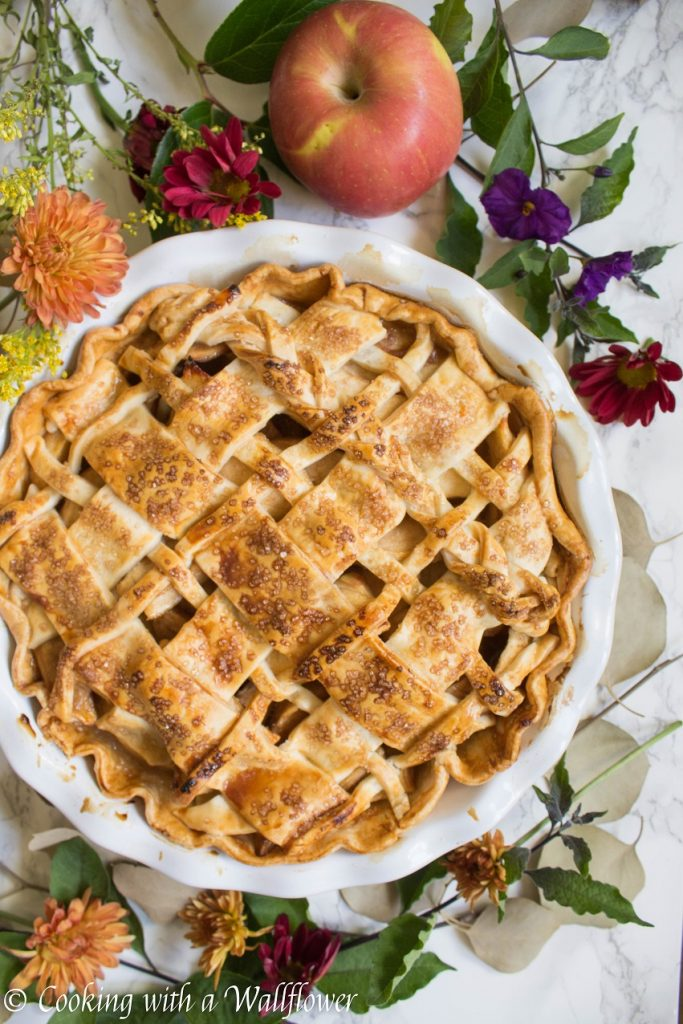 Honey Apple Pie | Cooking with a Wallflower